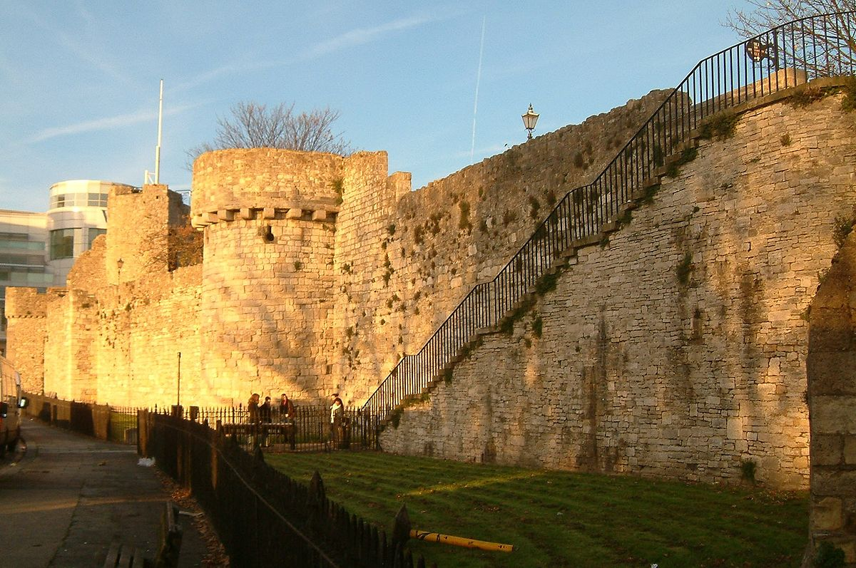 things to do in southampton southampton walls